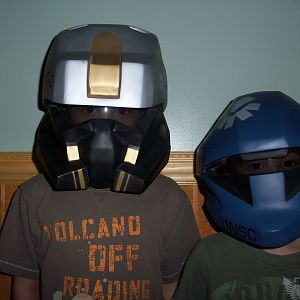 payton and kallan with visors