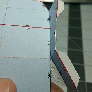 How little glue I use. Also note i printed the nearly flat lines for curvature reference.