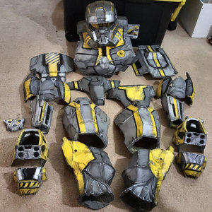 Weathered Spall Armor